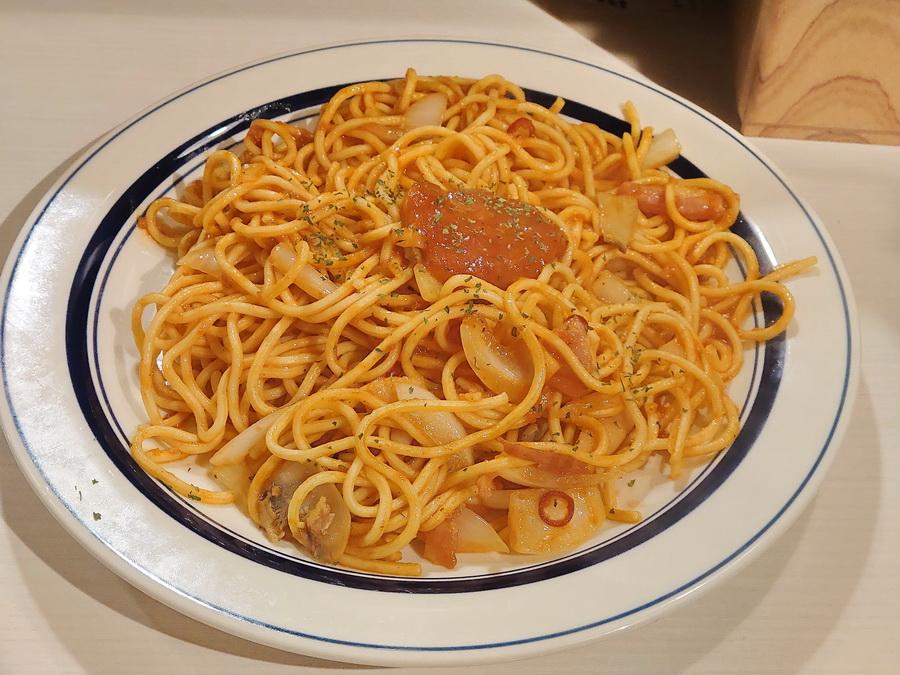 ただ、なんとなくナポリタンのようなスパゲッティですね。