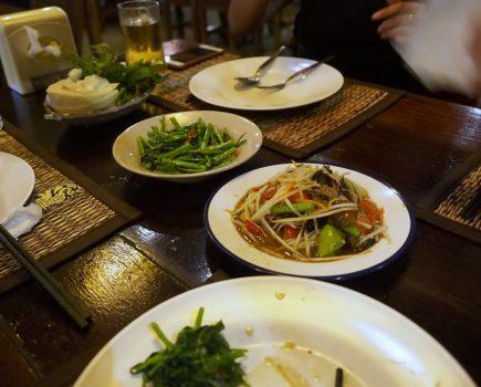 No.149 バンコク トンローのビエンチャンキッチンのイサーン料理で激辛体験