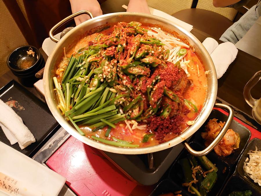 チュクミ(イイダコ)サムギョプサル鍋(10辛)