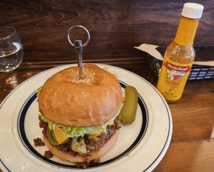 No.181 西巣鴨のアンバープレイスで頂くピリ辛ハンバーガーの辛さはいかに!?