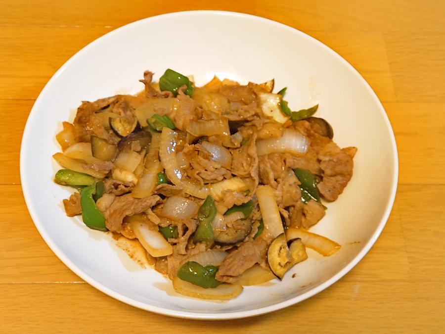 肉たっぷり野菜炒め!