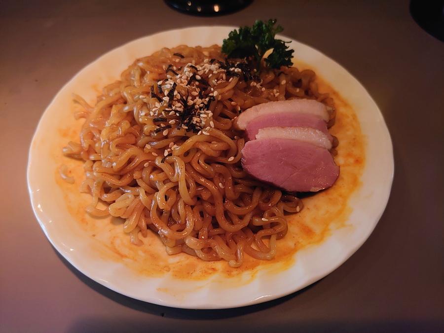 激辛プルダック麺です!